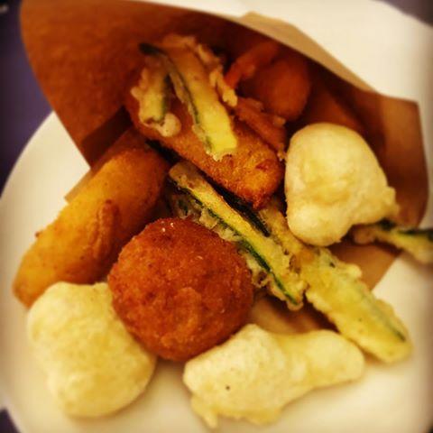 Il cuoppo fritto : lo street food campano