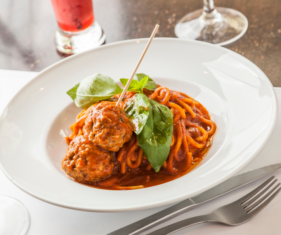 Spaghetti con polpette: un mito italo-americano